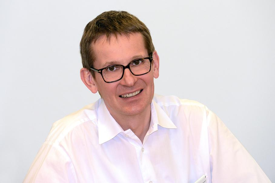 Dr. med. Alexander Deckart - Operative Urologie - Basel
